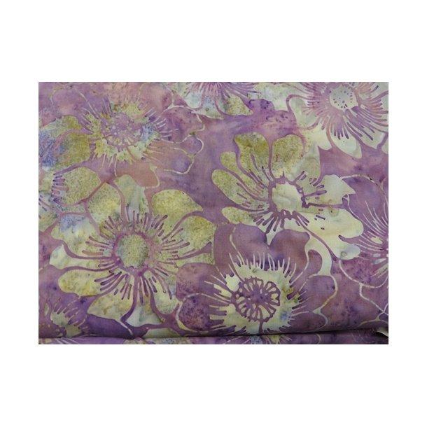 Batik lilla med blomster